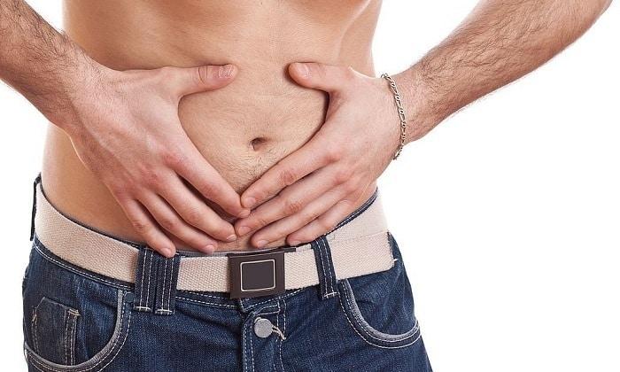 Один из признаков панкреатита - это боль в области живота