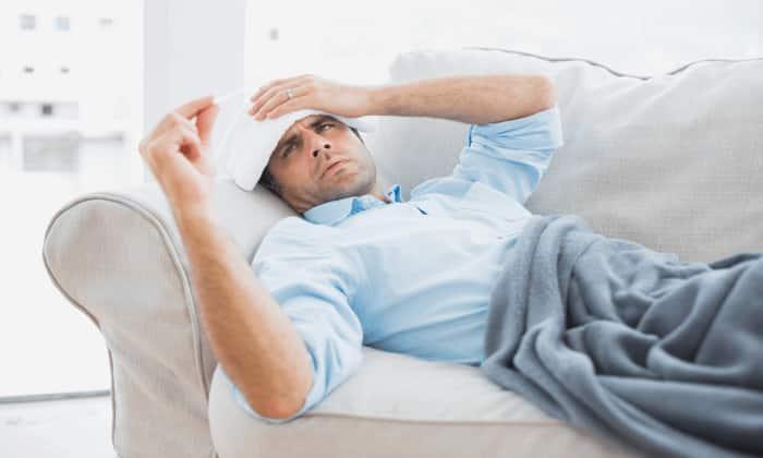 При приеме препарата может возникнуть повышение температуры