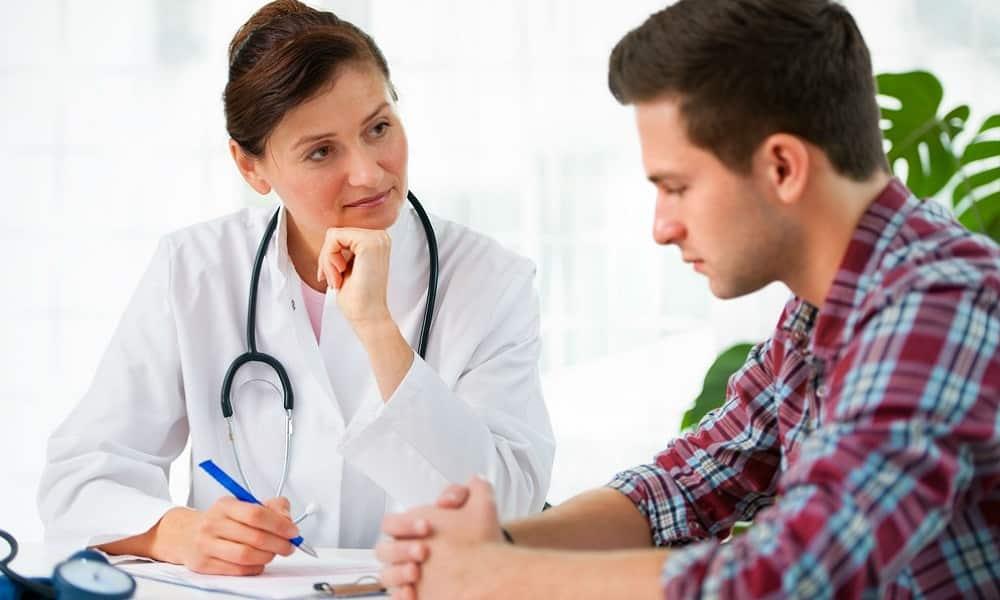 Если возникают резкие, острые, жгучие боли, сопровождающиеся тошнотой, рвотой, расстройствами стула, следует немедленно обратиться к врачу