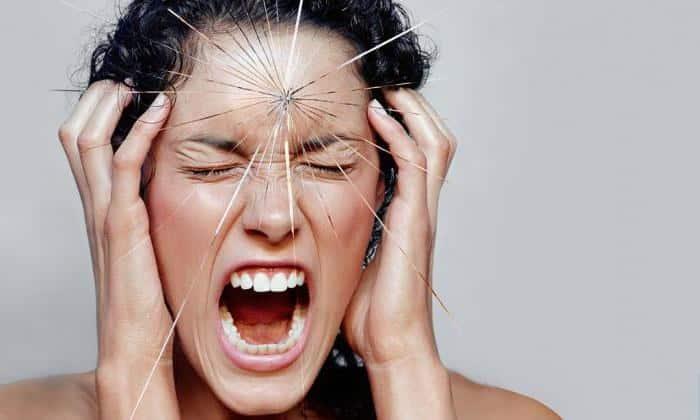 Также патология часто наблюдается у людей подверженными стрессовым ситуациям