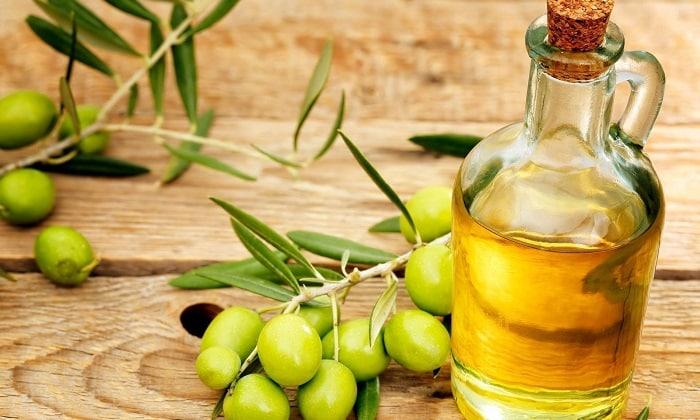 Оливковое масло — богато витамином Е и омега-9