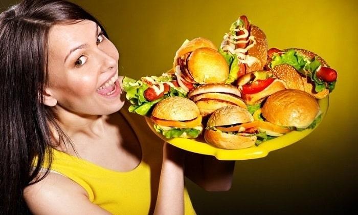 Панкреонекроз поджелудочной железы развивается из-за постоянного переедания