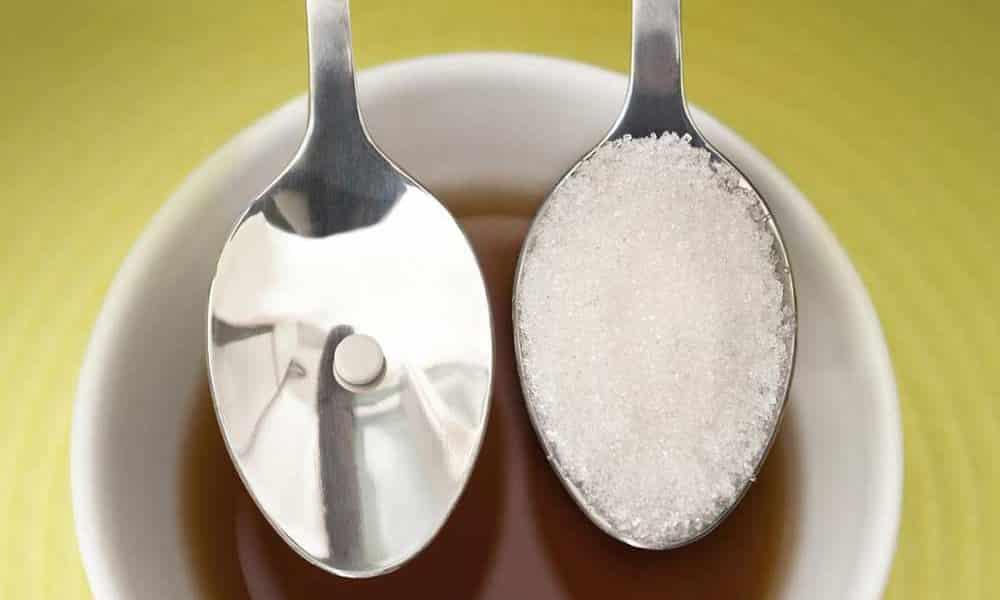 Сладкие блюда при панкреатите можно готовить с использованием сахарозаменителей