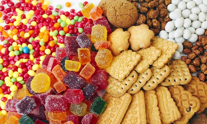За 3 суток до анализа исключить из меню кондитерские изделия, жирные, острые и пряные блюда, бобовые, сырые овощи и фрукты