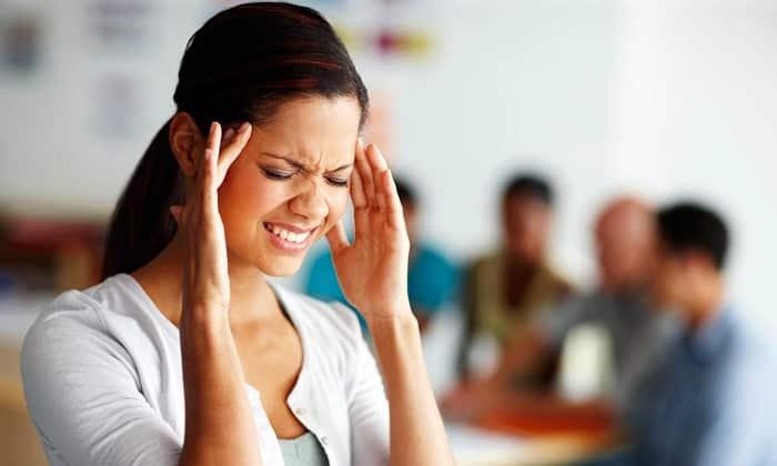 В стадии ремиссии панкреатит себя может никак не проявлять. Спровоцировать его обострение может стресс, переутомление, недосыпание в течение долгого времени