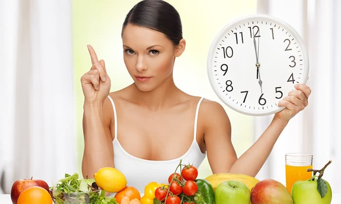 Блюда лучше готовить небольшими порциями, необходимо также создать для себя регулярный график приема пищи для удобства