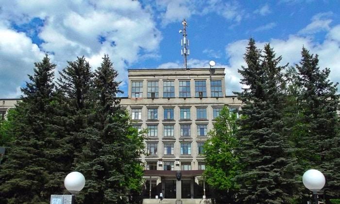 В Санкт-Петербурге онкологические патологии поджелудочной железы лечат в Научно-исследовательском институте онкологии имени Петрова