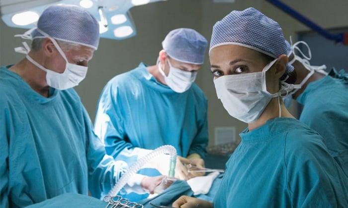 Операция при отдаленных метастазах малоэффективна. Возможно удаление всей поджелудочной железы или ее части