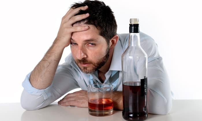 Алкоголизм является причиной для употребления Промедола