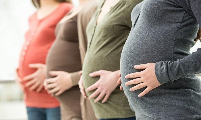 Суспензию можно принимать при беременности на любом сроке, но при наличии строгих показаний. Перед употреблением нужно обратиться к врачу