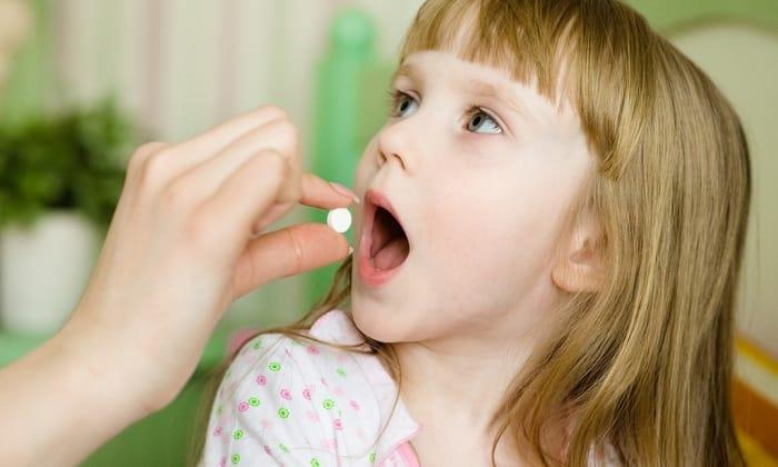 Тримедат назначают детям с 3 лет. Рекомендуемая дозировка для детей в возрасте 3-5 лет составляет 25 мг 3 раза в сутки. В 5-12 лет назначают по 50 мг Тримедата 3 раза в сутки