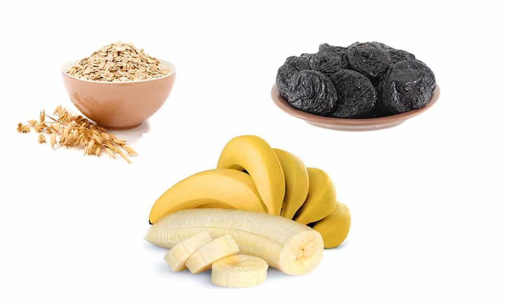 В качестве десерта можно съесть натуральное овсяное печенье. Для его приготовления берут 200 г хлопьев, 100 г чернослива и 3 банана