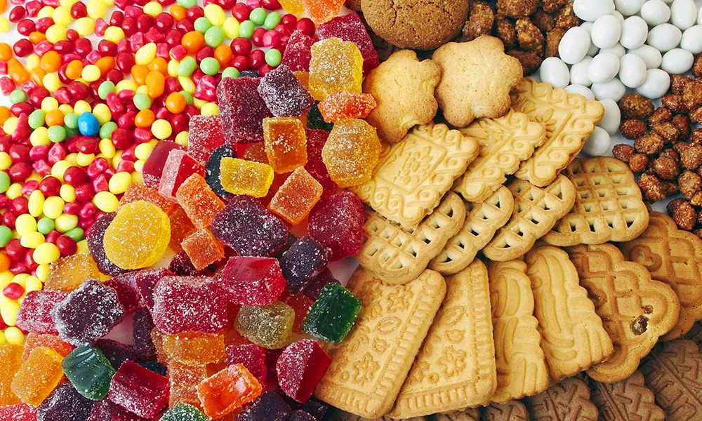 Если рацион богат пищей с повышенным содержанием углеводов, то и панкреатический сок, поступающий в кишечник, будет состоять из ферментов, которые начнут расщеплять углеводы