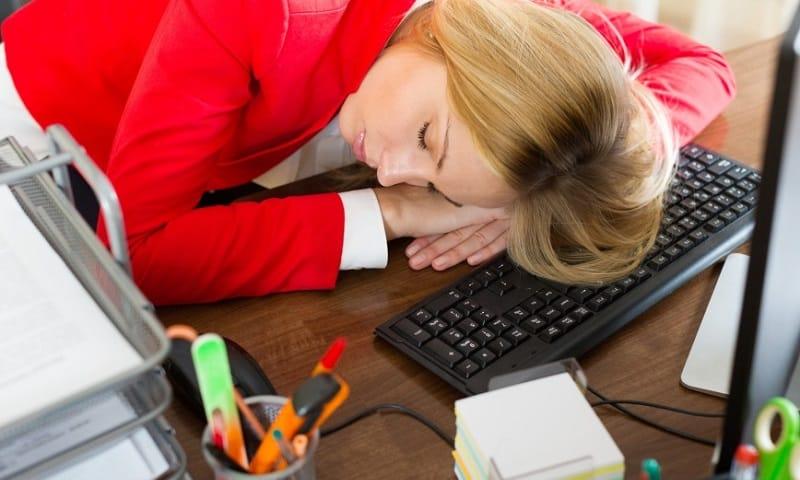 Побочные явления от приема Тримедата могут выражаться в виде повышенной сонливости, быстрой утомляемости