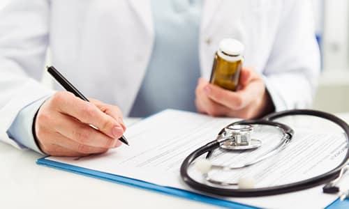 Дозировку ферментов определяет лечащий врач с учетом состояния больного и наличия у него хронических заболеваний