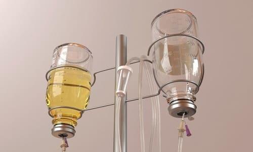 В случае хирургических вмешательств на сердечной мышце и кровеносных сосудах препарат вводится капельно