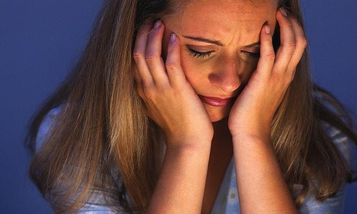 При приеме препарата некоторые пациенты отмечали наличие головных болей
