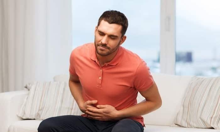 При желудочно-кишечных расстройствах пьют Мезим