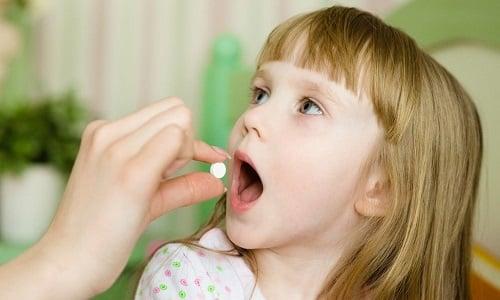 Метилурацил назначается детям 3-8 лет по ½ таблетки (250 мг) 3 раза в сутки