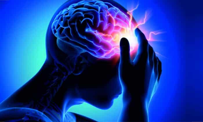 Прием Цитрамона может провоцировать головокружение и бессонницу
