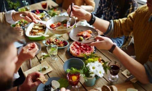 Лекарственное средство рекомендуется принимать в процессе употребления пищи