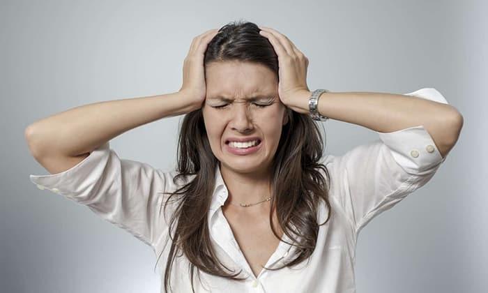 Спазм кровеносных сосудов головного мозга, вызывающий головную боль может облегчить прием Но-шпы