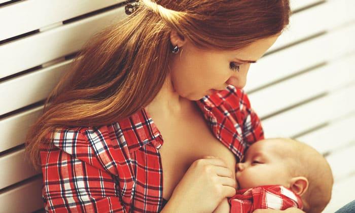 При длительном приеме препарата женщинами, дети которых находились на грудном вскармливании, отмечено повышение у детей рефлексов сухожилий