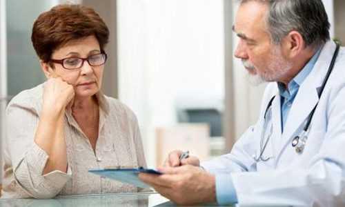Людям в возрасте врачи назначают пищеварительные ферментные препараты