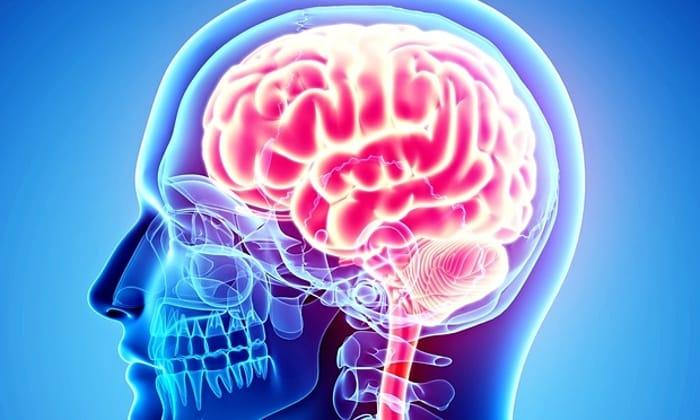 Если проводится лечение острых мозговых нарушений кровообращения, необходимо назначение дозировки в 1 г в сутки на протяжении 3 дней. В следующие 7 дней терапии дозировка снижается до 0,5 г в сутки