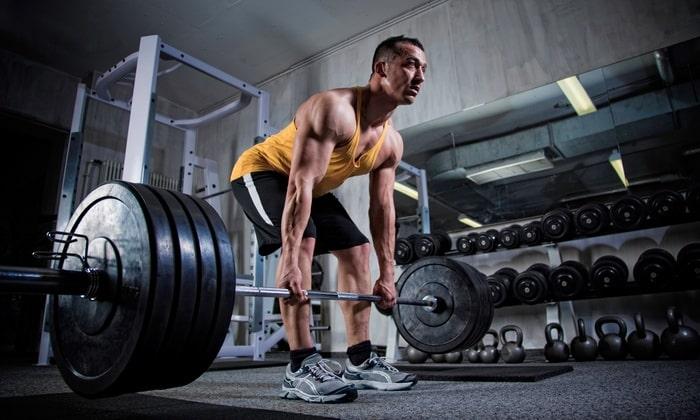 В спортивной медицине используется для совершенствования координации движений и показателей силы и скорости, увеличения мышечной массы и уменьшения количества жира в организме, регенерации мышц при интенсивных тренировках
