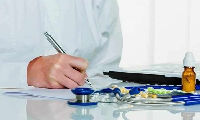 Дозировка и способ введения инъекционного раствора зависят от клинической картины. Чаще всего взрослым пациентам препарат назначают до 3 раз в сутки по 10 мг