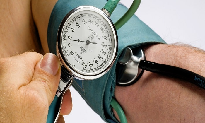 В некоторых случаях прием мексидола оборачивается снижением артериального давления