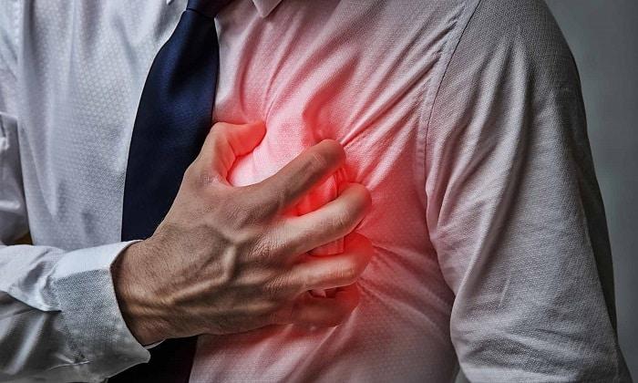 Медикамент недопускается к применению при сердечных нарушениях с увеличением сегмента QT