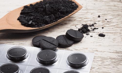 В состав препарата входит активированный уголь