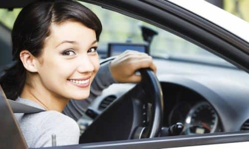 В инструкции нет особых указаний по поводу управления транспортным средством, но нужно учитывать возможное развитие побочных реакций