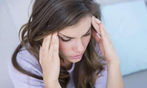 Головная боль – одно из возможных побочных действий от приема препаратов Ганатон и Мотилиум