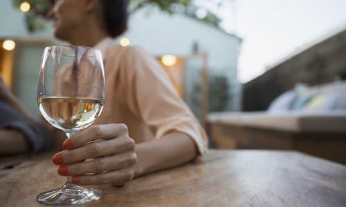 Нежелательно сочетать прием препарата с алкоголем