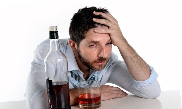 Медомекси назначают для лечения абстинентного синдрома на фоне алкоголизма