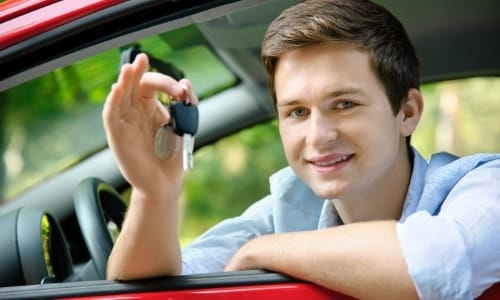 В период лечения нужно отказаться от управления автомобилем