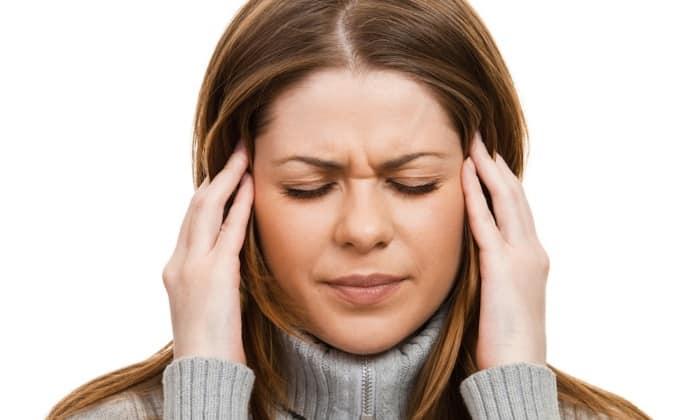 При приеме данного лекарственного средства возможно возникновение головной боли