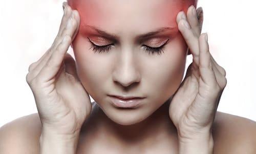 При приеме Липоевой кислоты и Л-картинина может быть головная боль