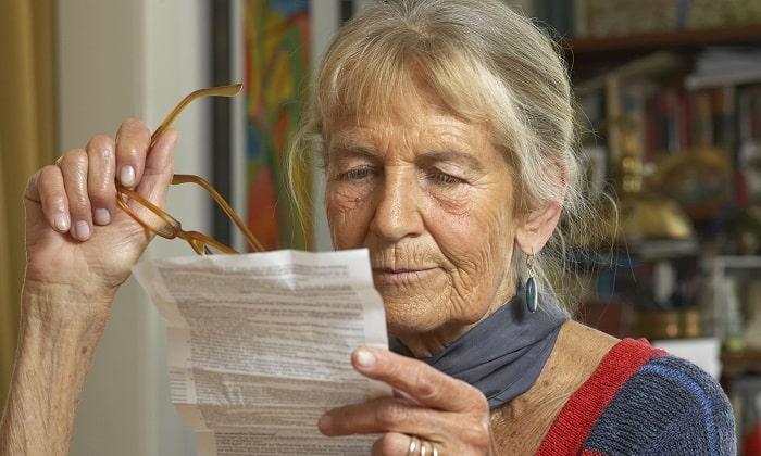При назначении высоких доз в пожилом возрасте следует учитывать риск развития экстрапирамидных нарушений