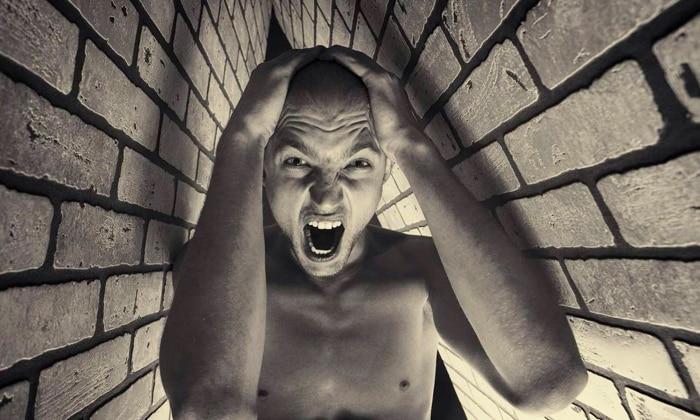 При передозировке возможно возникновение психоза