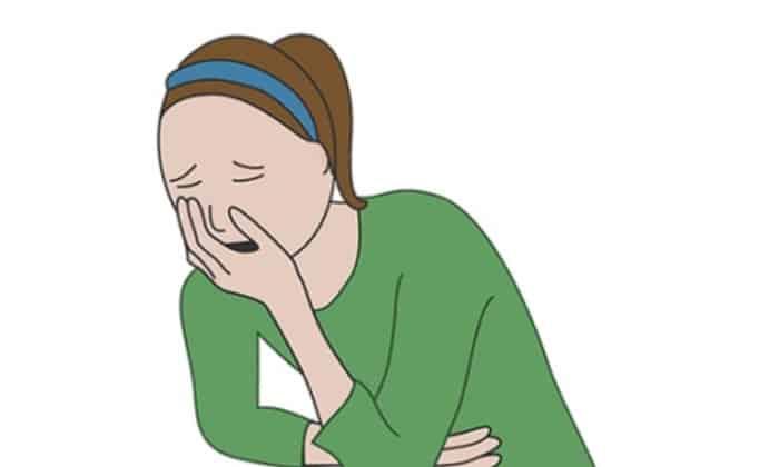 Тошнота – один из побочных эффектов от приема препаратов Мексидол и Церебролизин