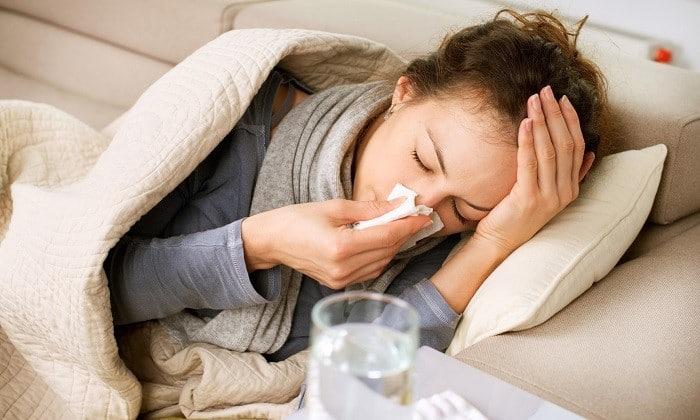 Временным противопоказанием к применению медикаментов может стать острое простудное заболевание