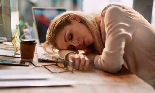 Бесконтрольный прием лекарственного средства может привести к усилению сонливости