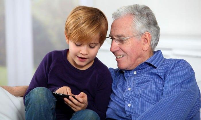 Средство применяется при терапии пожилых пациентов, страдающих нарушениями интеллектуально-мнестических функций