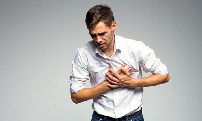 После введения препарата может возникнуть давление за грудиной