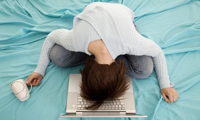 Побочное действие Мексидола проявляется через вялость и постоянное желание спать