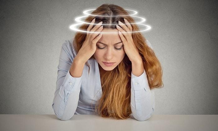 На фоне лечения Папаверином у человека могут возникать головокружения